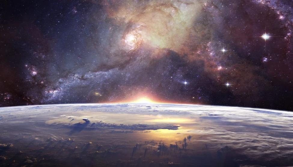 Космос и какие-то неясные планеты