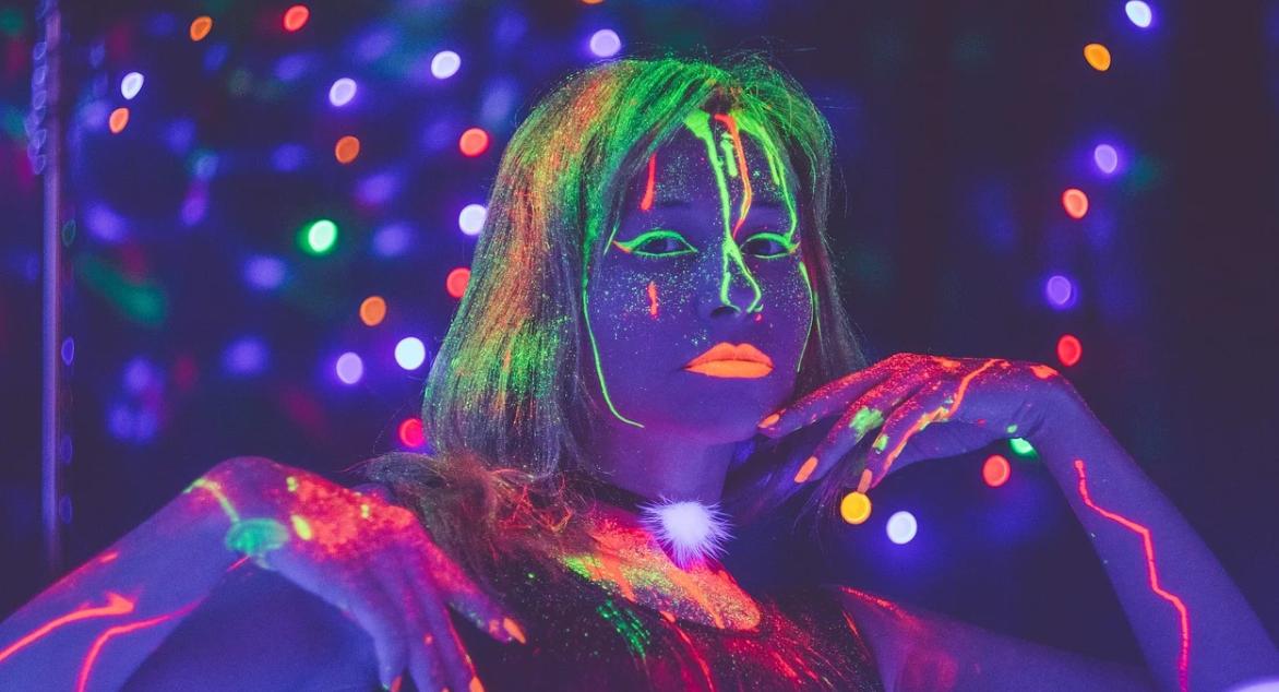 Свечение в ультрафиолете